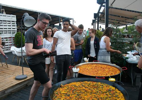 TARONJA Paella Party