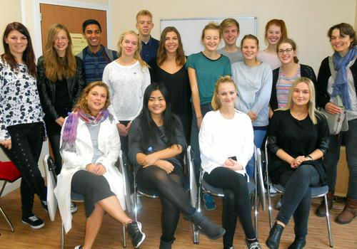 Students in an intensive French course at ACCORD Paris