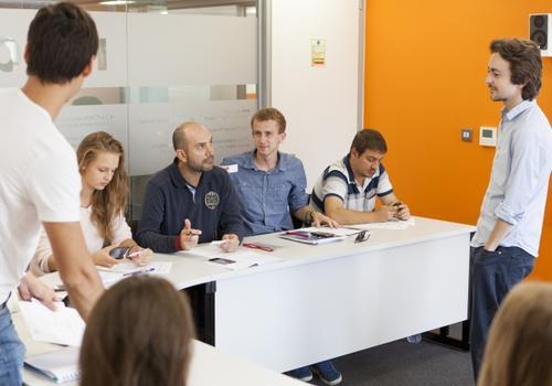 EC Oxford Classroom