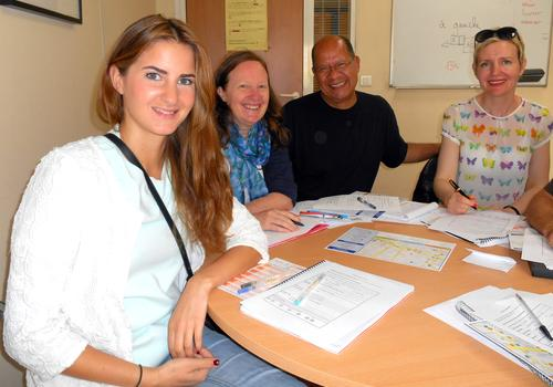 Students start a complete beginner French course at ACCORD Paris