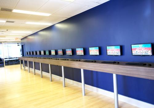 ILAC Toronto Campus Computer Area